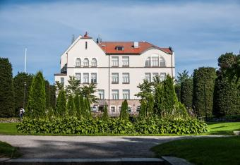 Skolparken & Jakobstads gymnasium